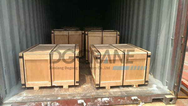 driven crane wheels in container